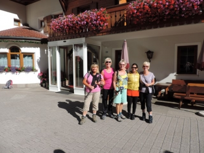 Image: Guests enjoying Hotel Digon on a Walking Holiday in the Dolomites