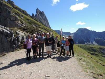 Image: Guests on Seceda in the Dolomites