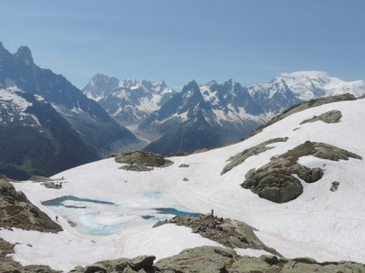 image: mer de glace from lac blanc