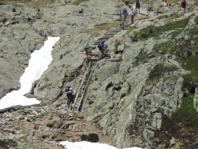 image: a sort section of ladders below lac blanc