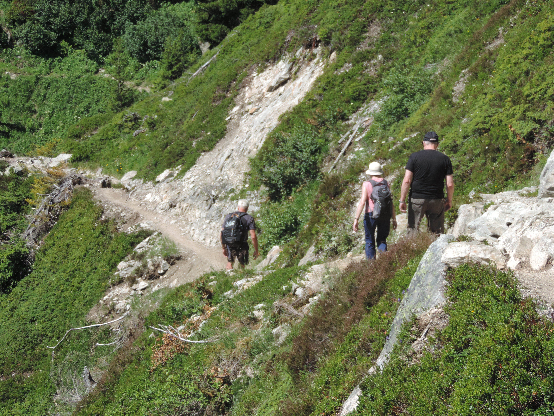 image: walking back to Plan Praz