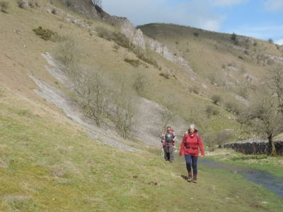 image: walking towards Wolfscote Dale