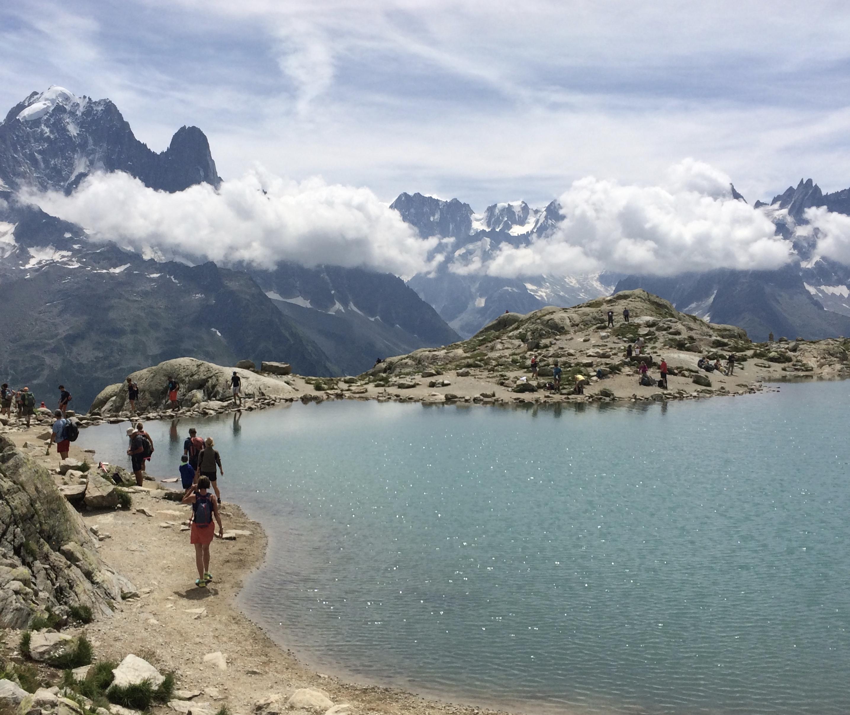 image: guests at La Blanc