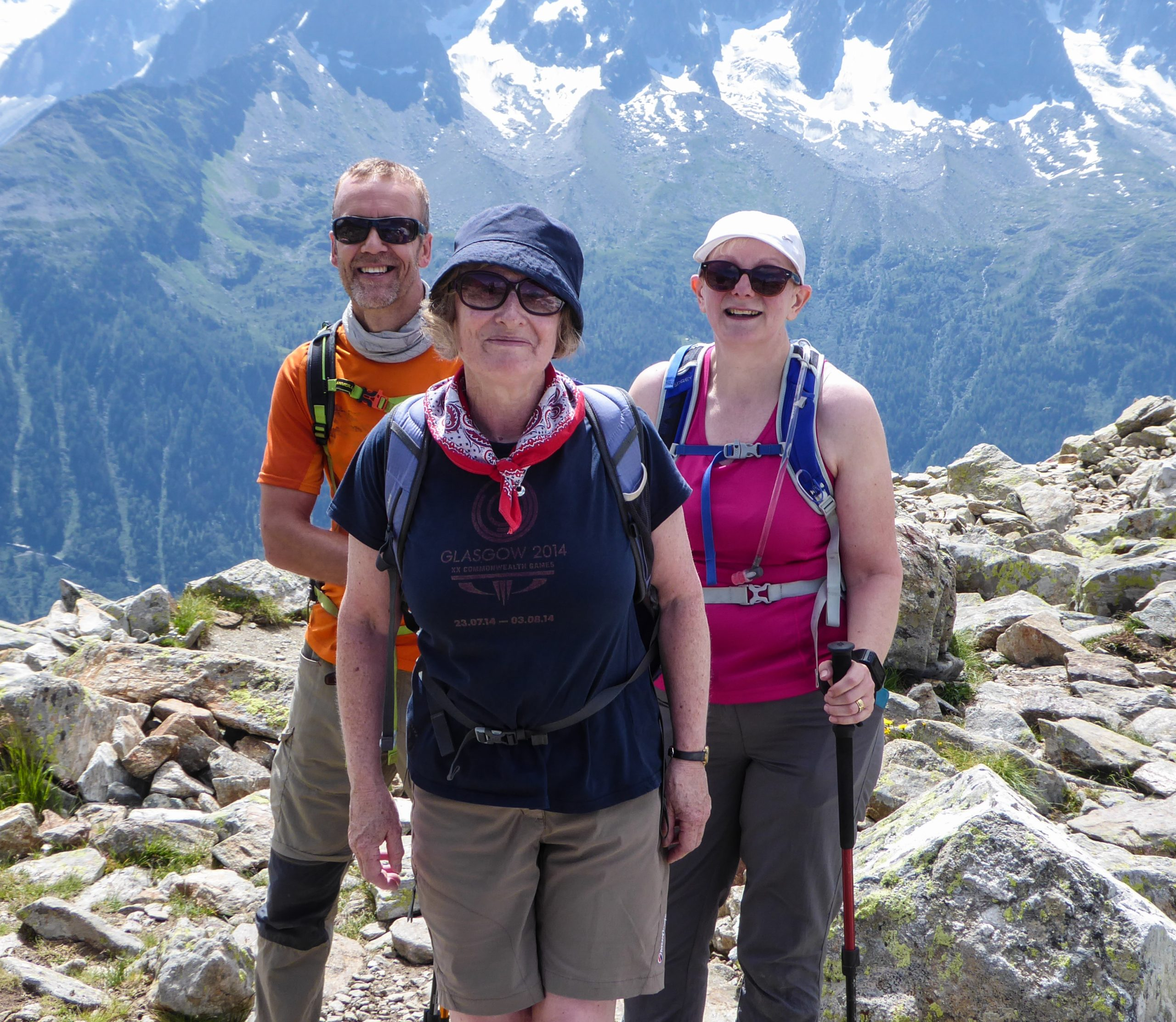 image: happy guests in Chamonix